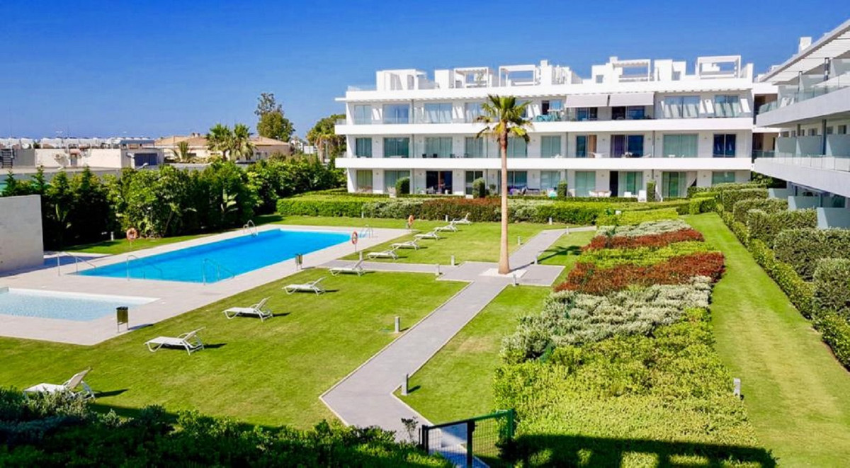 Ref:R3703598 Apartment - Middle Floor For Sale in Bel Air