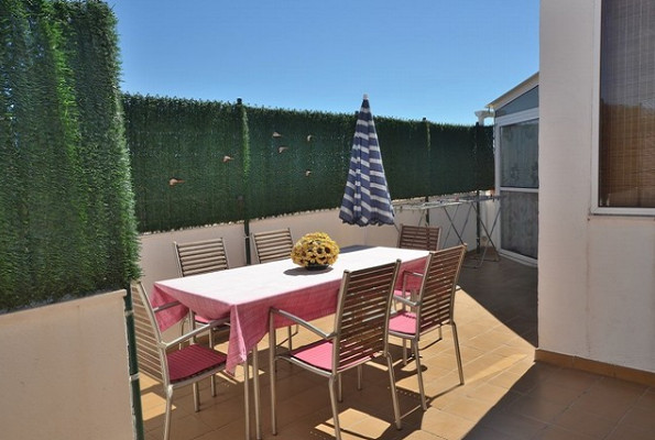 We offer for sale this superb penthouse in the Las Lagunas area of Fuengirola, near Carrefour.  This,Spain