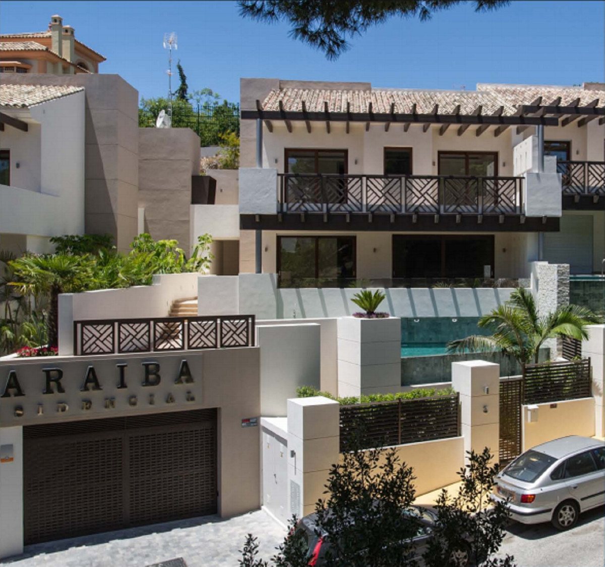 Ref:R3362020 Villa - Semi Detached For Sale in Marbella