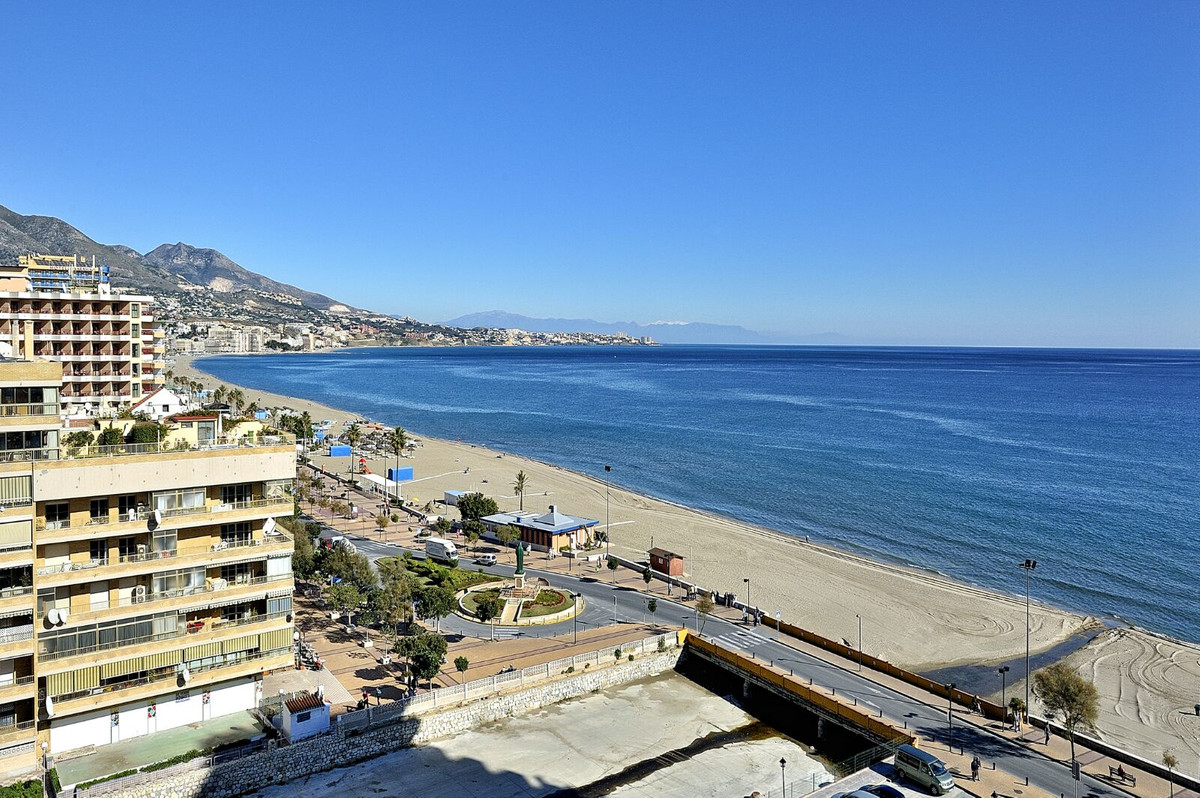 Ref:R3628595 Apartment - Penthouse For Sale in Fuengirola