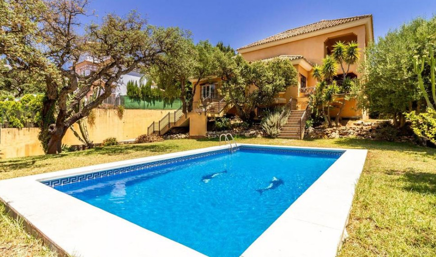 We offer for sale this stunning villa in the urbanization of Elviria.  Located just 300 meters from ,Spain
