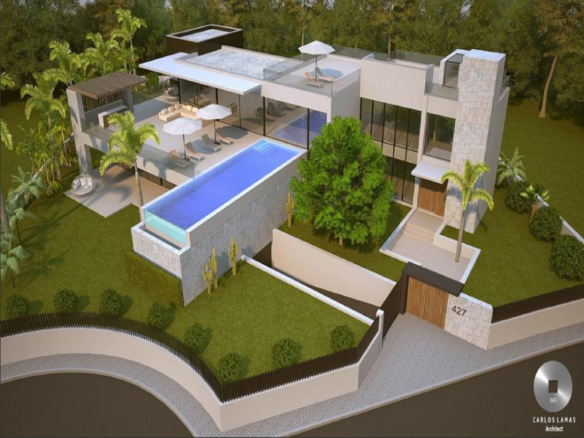 A magnificent plot of land with villa project and licences located in Marbesa, Marbella East.  Situa Spain