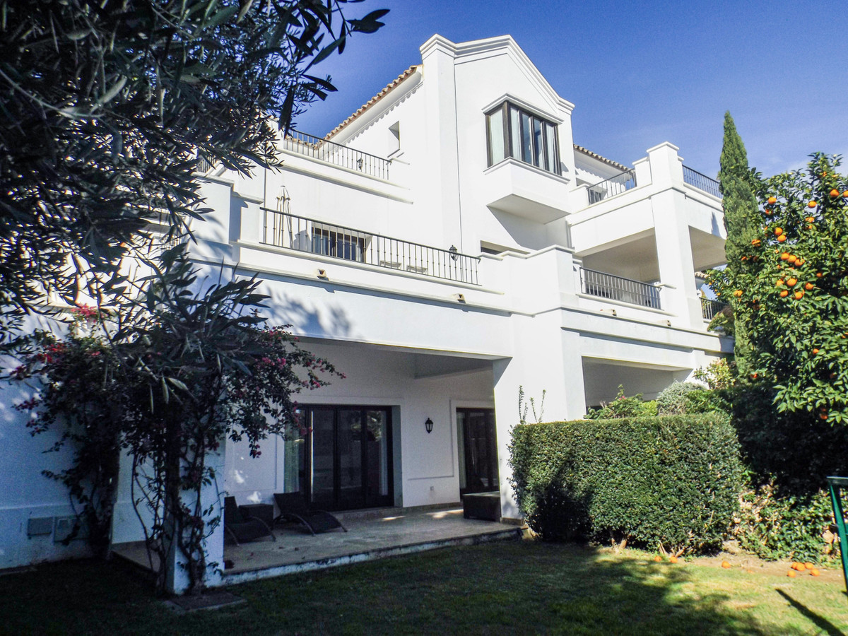 Ref:R3743761 Villa - Detached For Sale in Benahavís