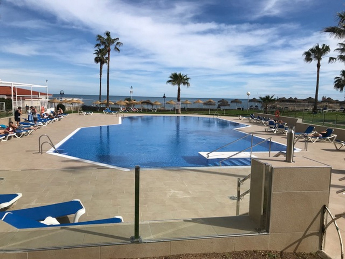 R3584005: Apartment - Middle Floor for sale in La Carihuela