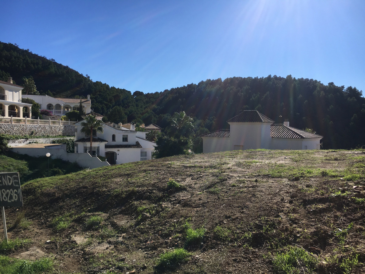 Ref:R3663296 Plot - Residential For Sale in Mijas