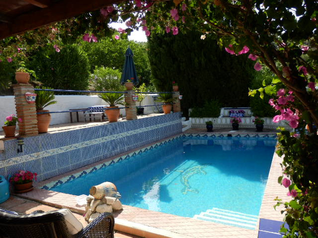 An incredible opportunity to purchase this fully licensed, fully operating and beautifully presented,Spain