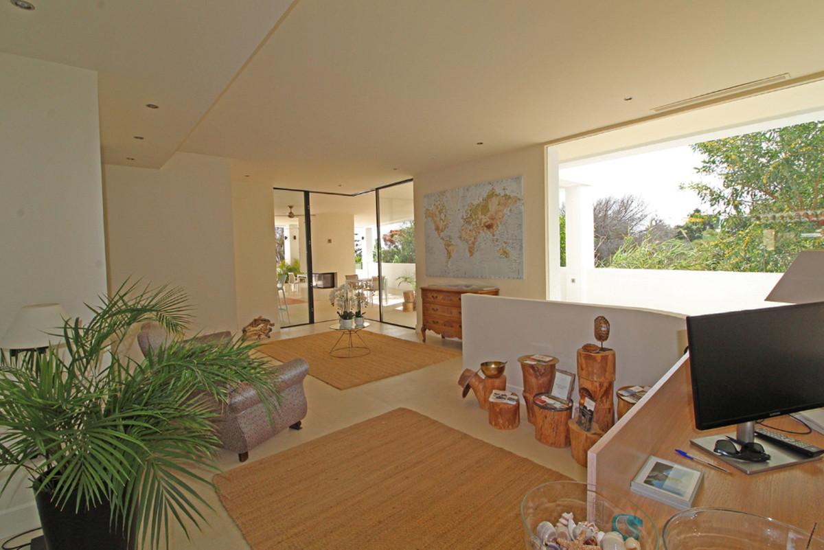 R3465097: Villa - Detached for sale in Elviria
