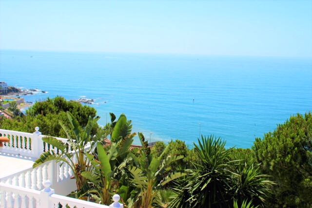 A stunning luxury, contemporary and elevated family villa with spectacular panoramic views of the Me,Spain