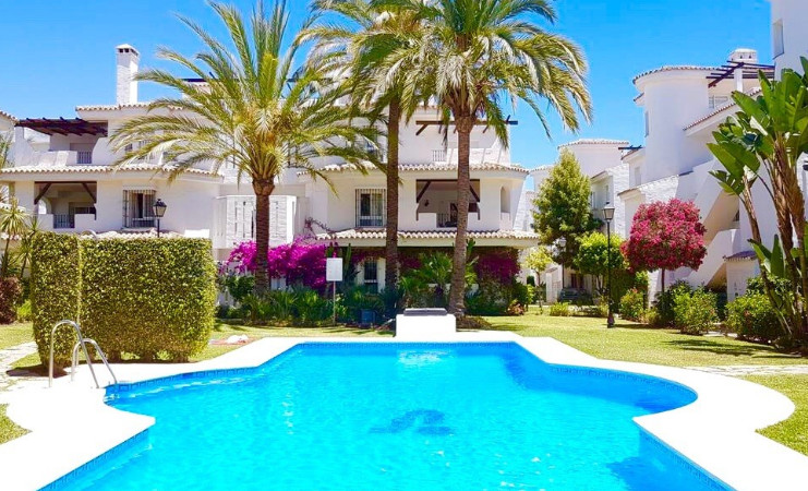 R3234607: Apartment - Ground Floor in Nueva Andalucía