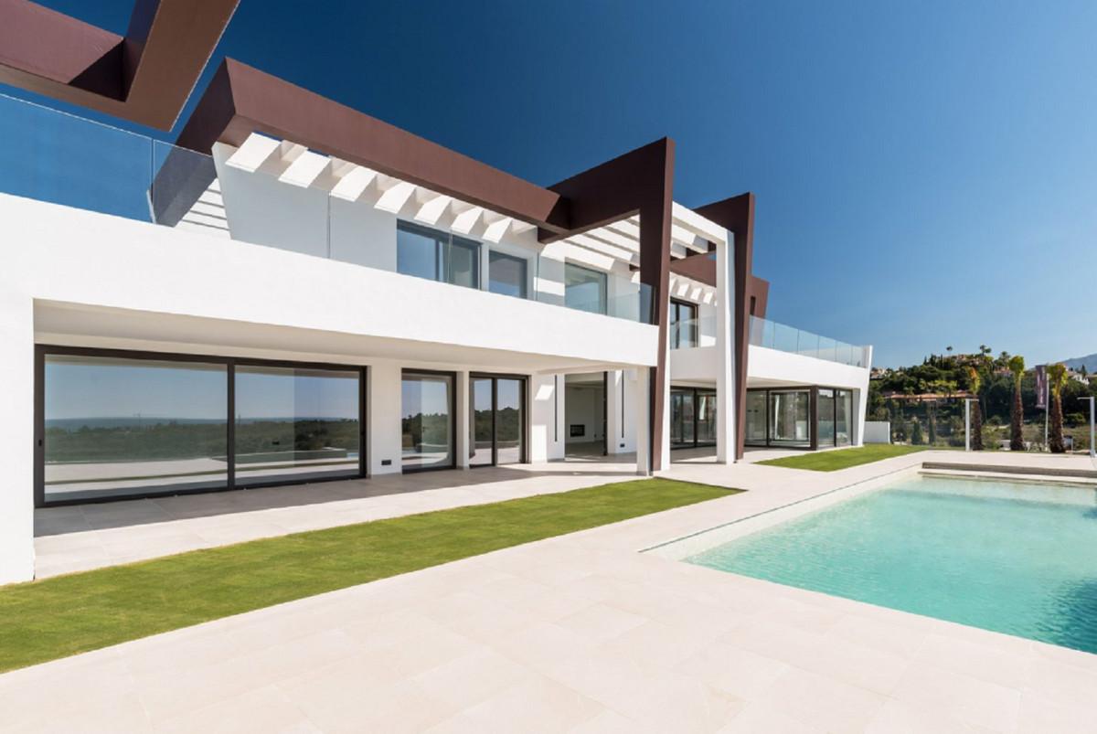 Detached Villa for sale in Los Flamingos R3481153