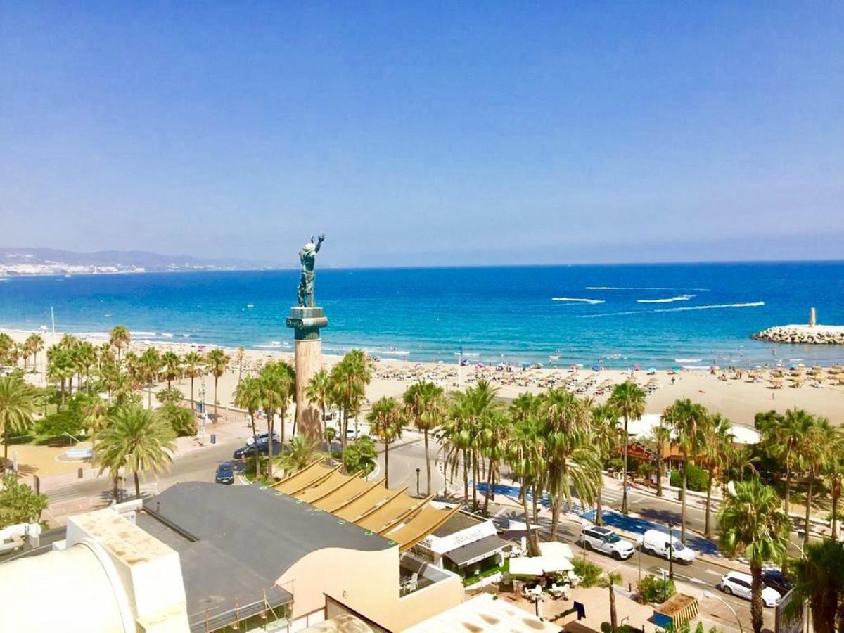 Marbella Banus Apartamento en Venta en Puerto Banús – R3222085