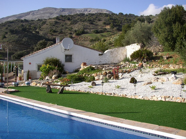 This traditional Spanish country house has been very tastefully refurbished by the current owners du,Spain