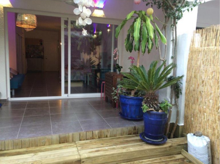 We offer for sale this completely renovated studio in a prestigious location of Marbella.  Located c,Spain