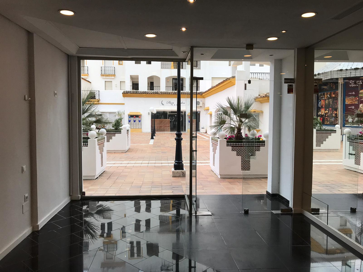 A fantastic opportunity to acquire a shop in the sought after Puerto Banus.  Comprising a total of 5, Spain