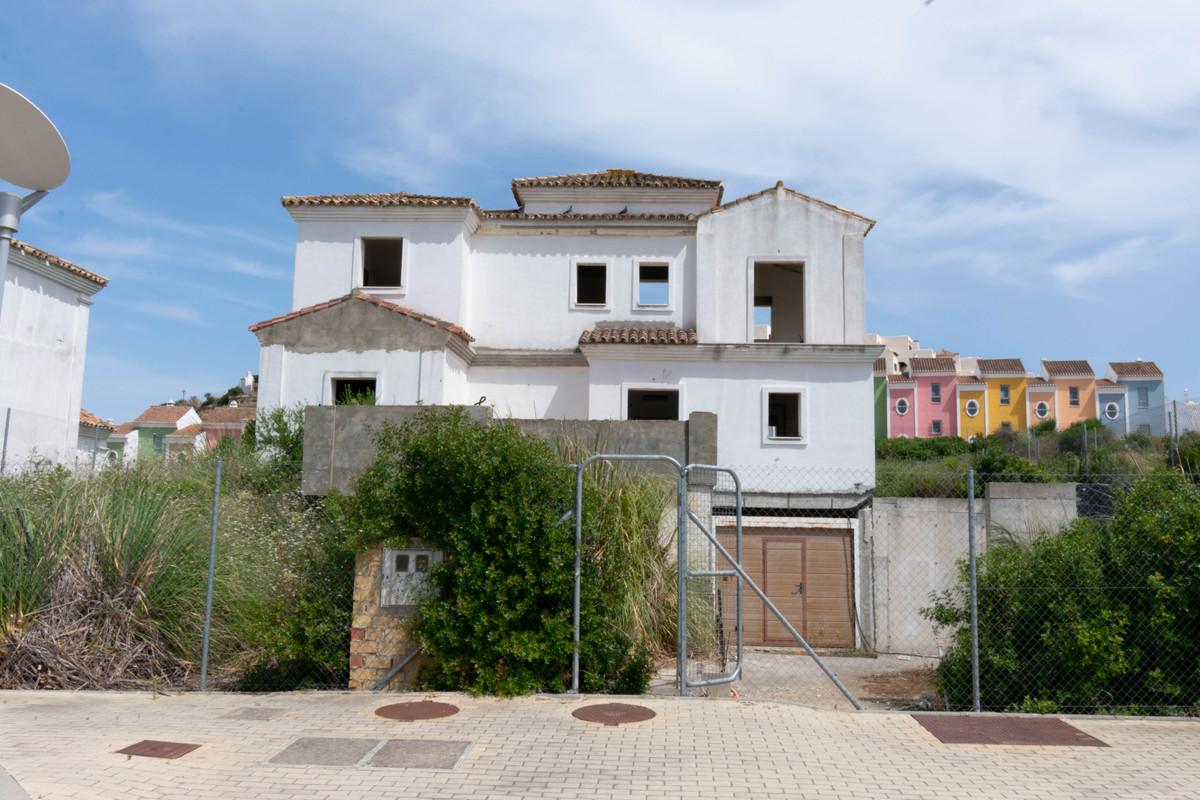Villa, Detached  for sale    en Casares