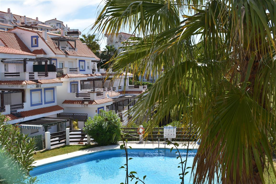 Fantastic apartment very bright, with large terrace and two bedrooms in Vistalmar Duquesa. The house,Spain