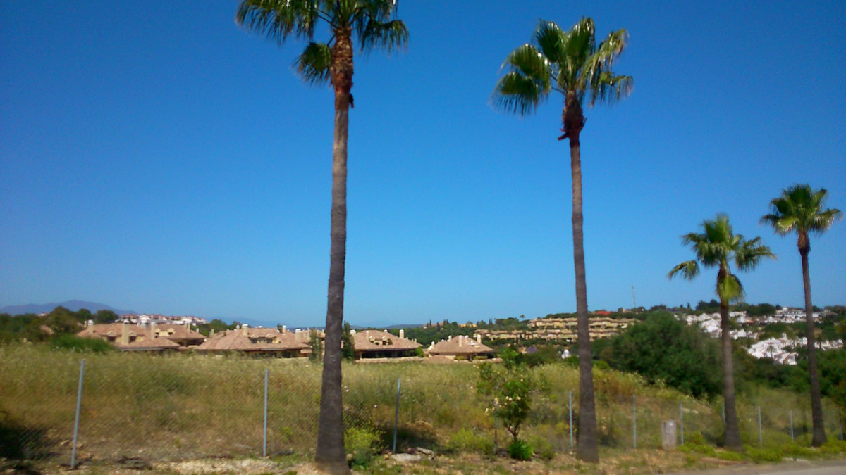 Plot in Sotogrande Alto. 0.33% of suitability for building. Located in one of the most luxurious sur, Spain
