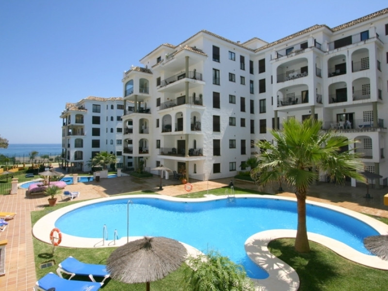 Beautiful ground floor apartment on the beach. The property features a very good distribution. Ample,Spain