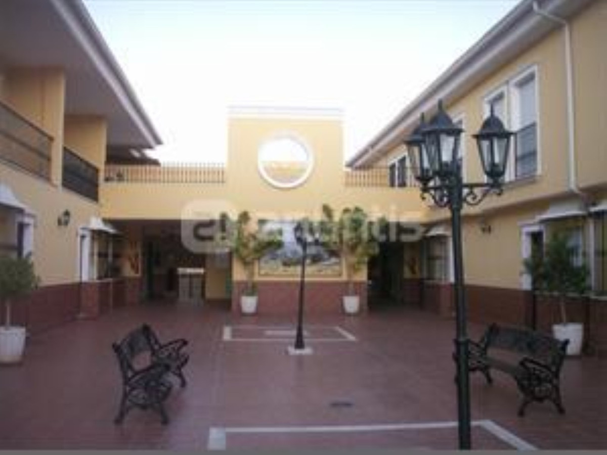 Apartment in Algeciras R3369745 1