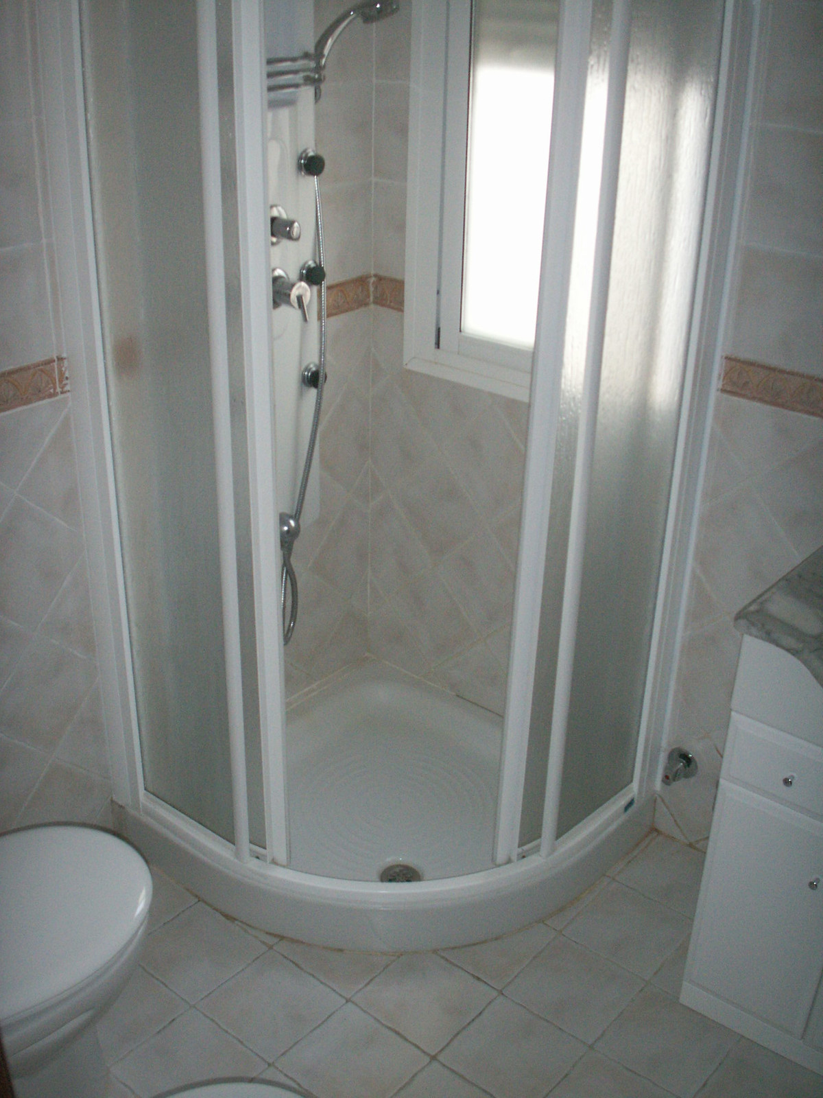 Apartment in Algeciras R3369745 11