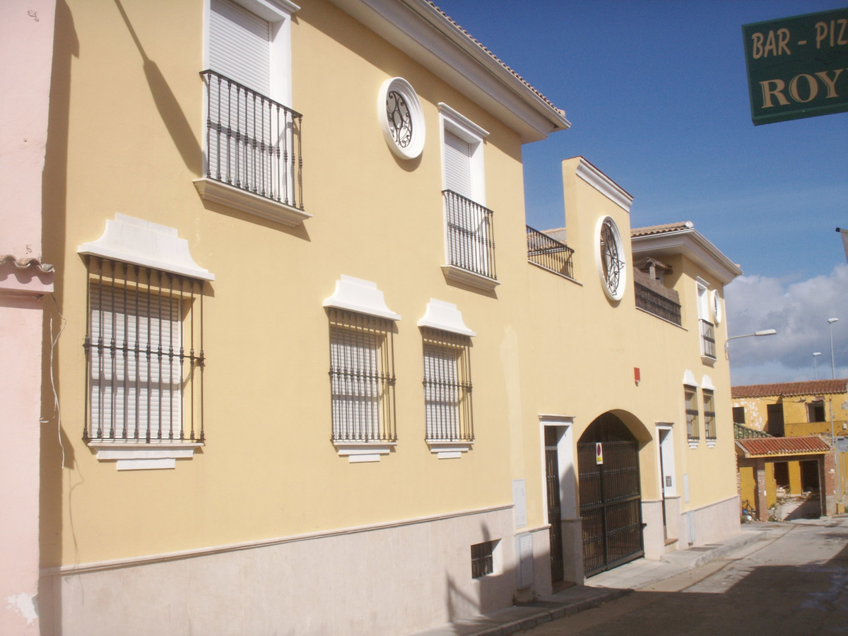 Apartment in Algeciras R3369745 3