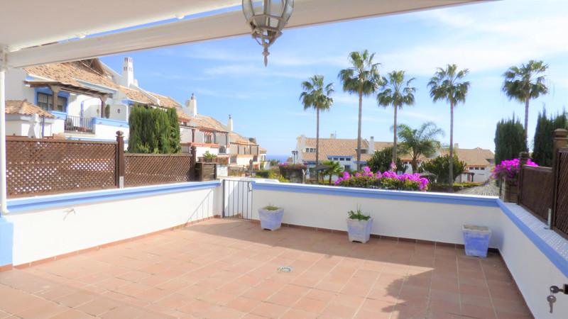 Adosada en venta en Marbella – R3614237