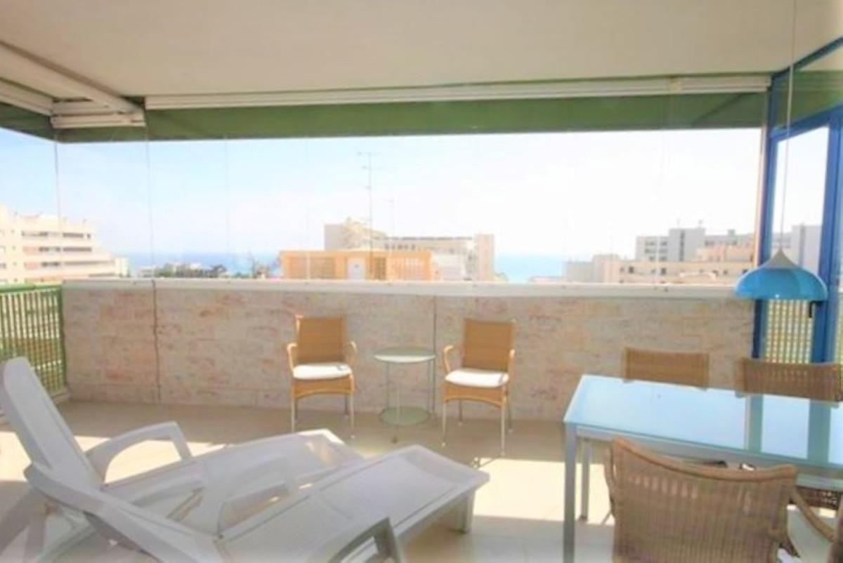 Marbella Banus Apartamento Planta Media en Venta en Marbella – R3731173