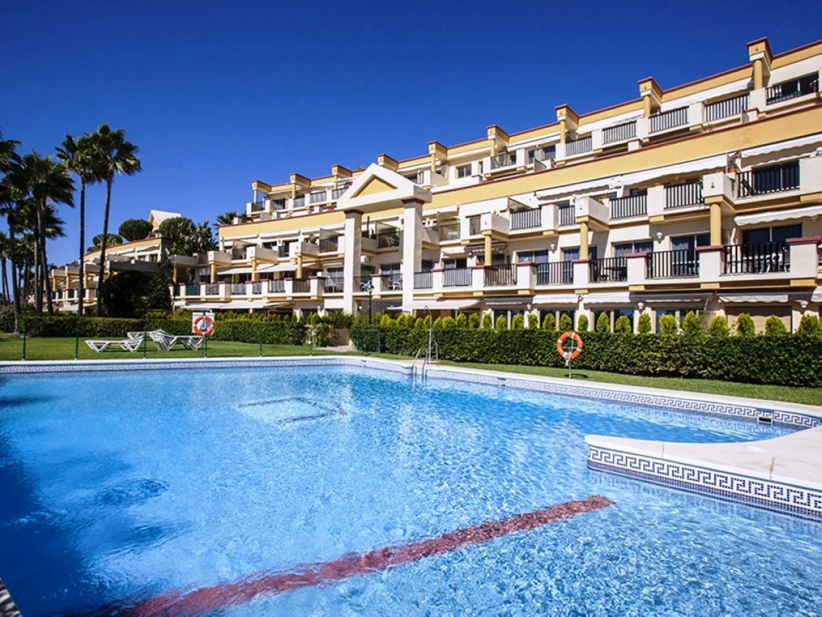 Beautiful, cosy  apartment located in Elviria, next to the best beaches in Marbella, with restaurant, Spain