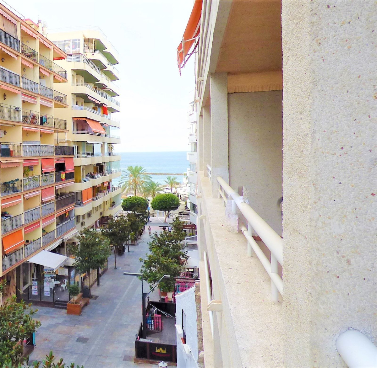 Apartment next to the promenade and the beach, located on Miguel Cano avenue, in the Milenium buildi, Spain