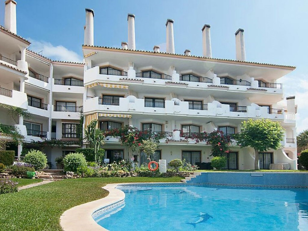 Beautiful penthouse in 3 floors located in Las Chapas beach side, with a beautiful sea views.  Consi,Spain