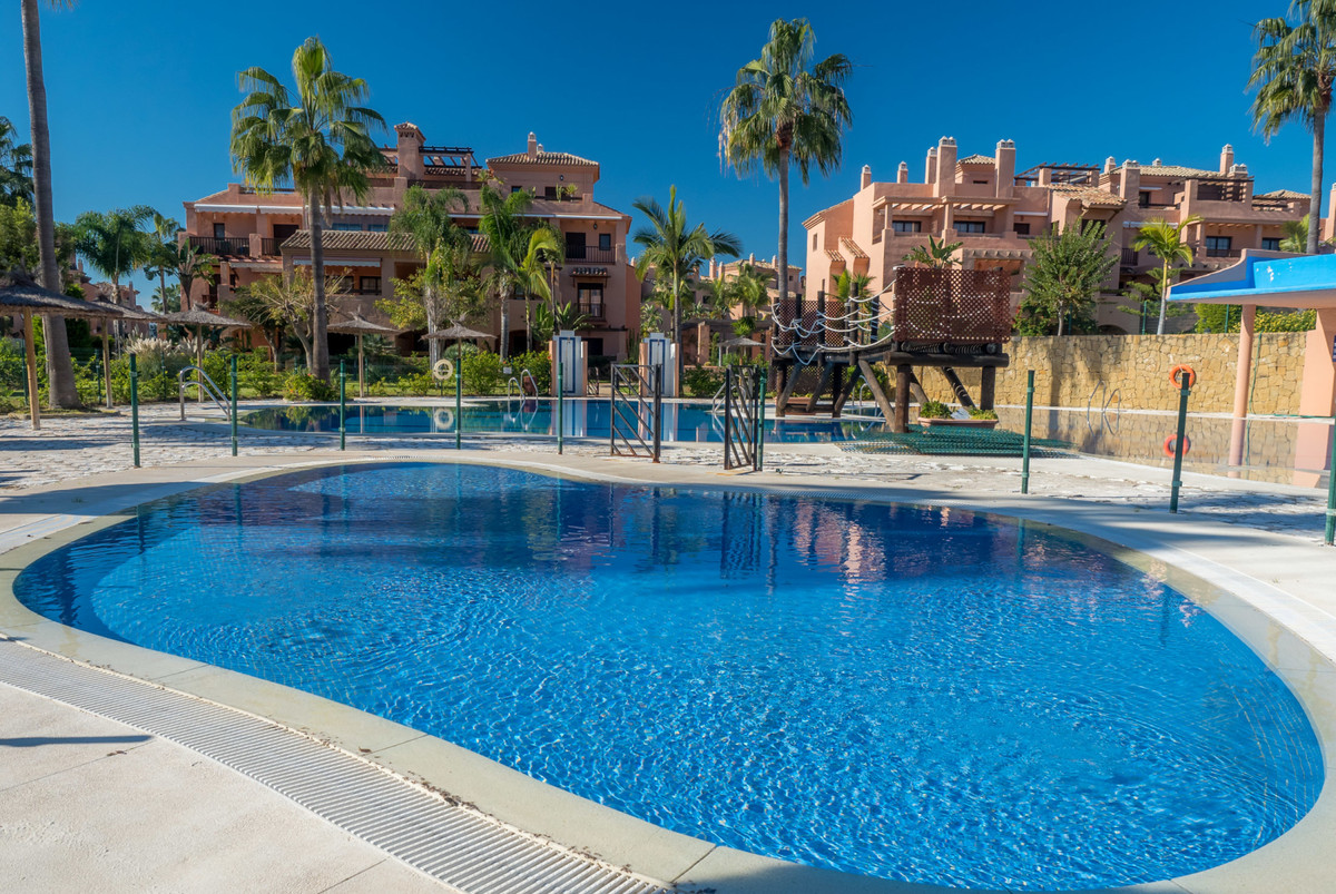 A lovely southwest facing 3 bedroom apartment in the highly sought after beachside complex Hacienda ,Spain