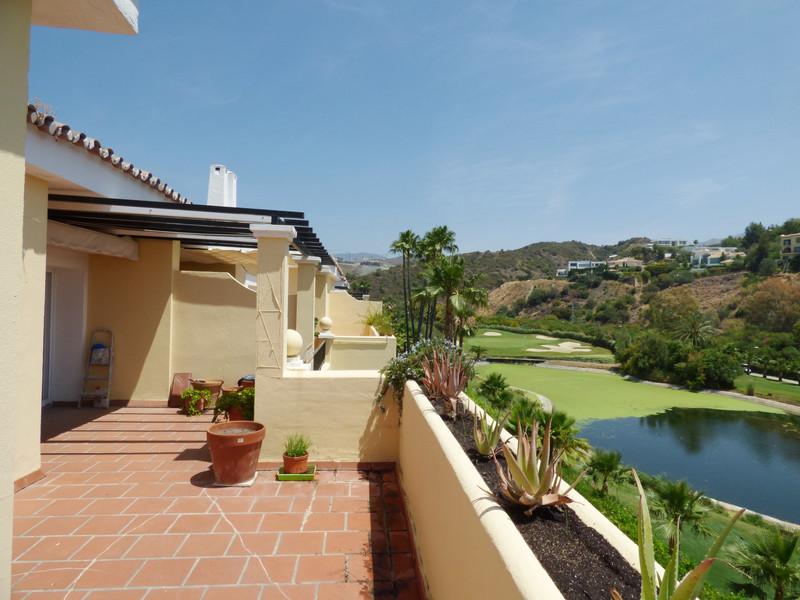 Marbella Banus Apartamento en Planta Última en venta en La Quinta – R3453877