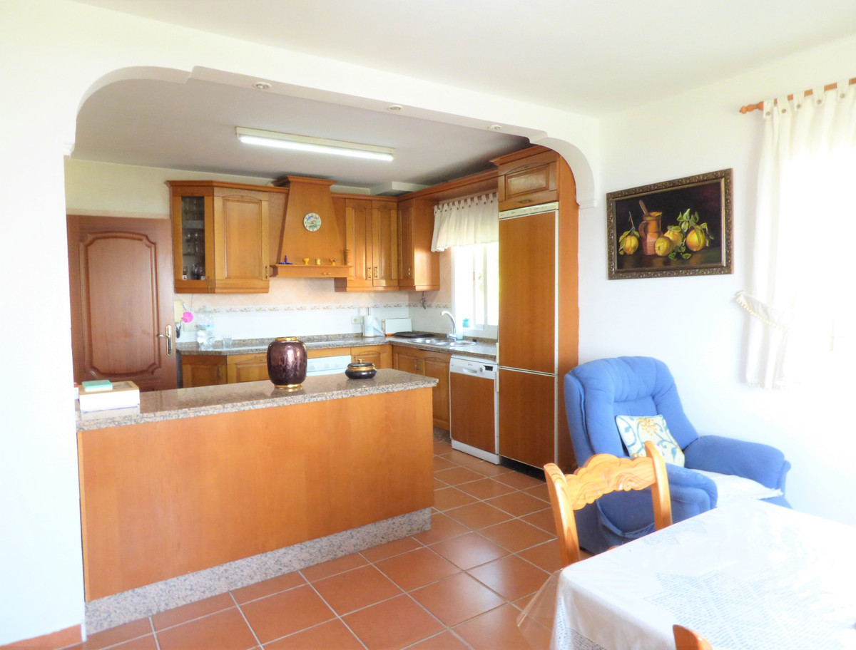 Villa – Chalet en Venta en Marbella – R3680510