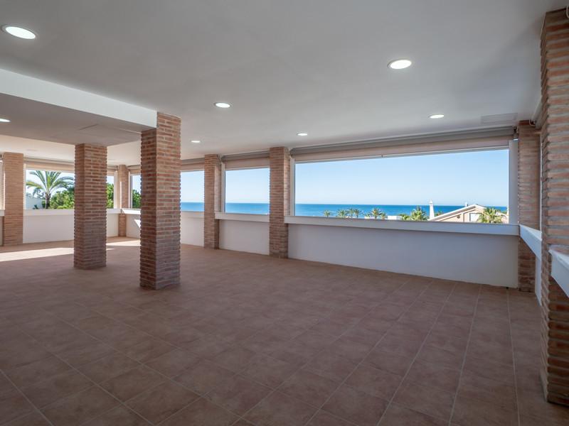 Villa – Chalet en venta en Las Chapas – R3423805