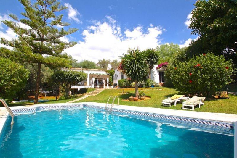 Marbella Banus Villa – Chalet en venta en Río Real – R2438642