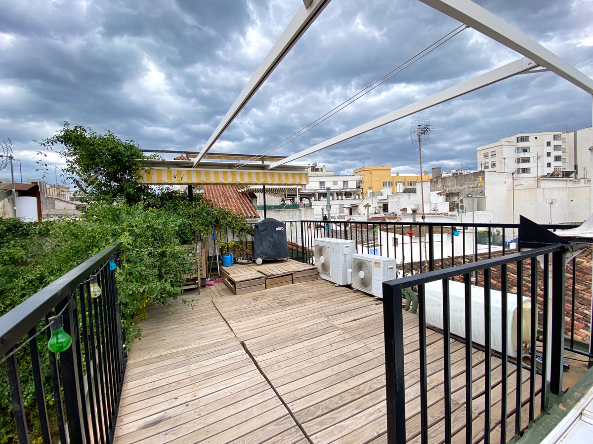 RARE INVESTMENT OPPORTUNITY IN THE OLD TOWN Ideal both for use as a holiday home or as a holiday ren,Spain