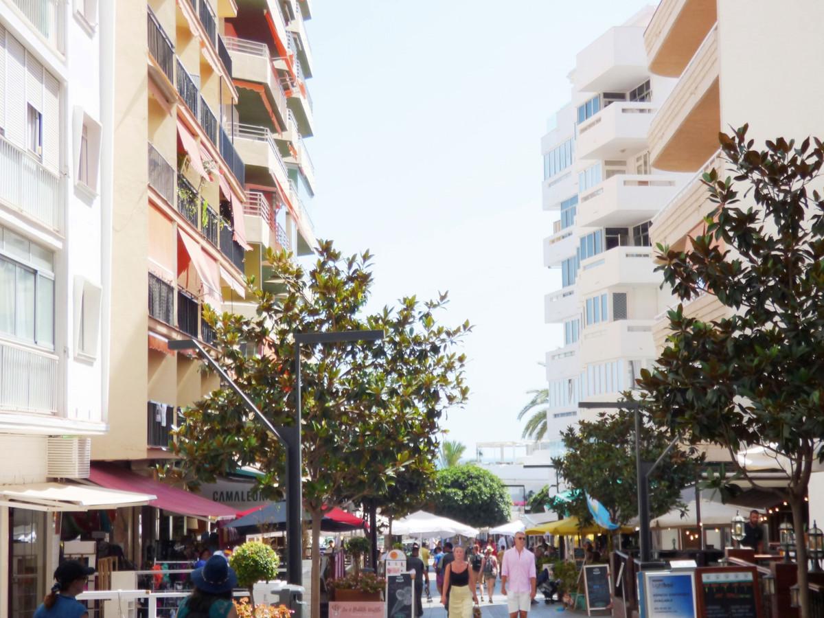 Marbella Banus Apartamento en Venta en Marbella – R3478282