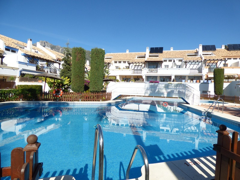 Townhouse  Semi Detached 													for sale  																			 in Marbella