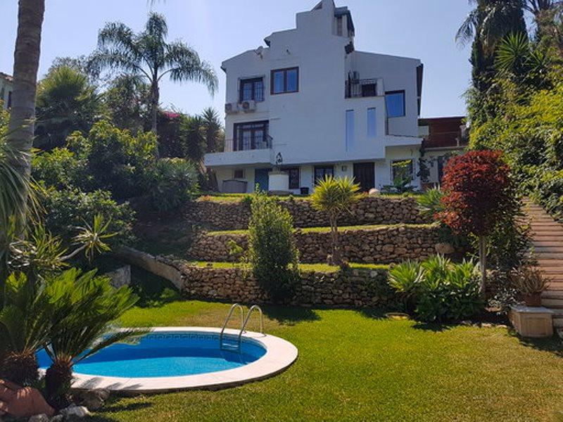House - El Rosario
