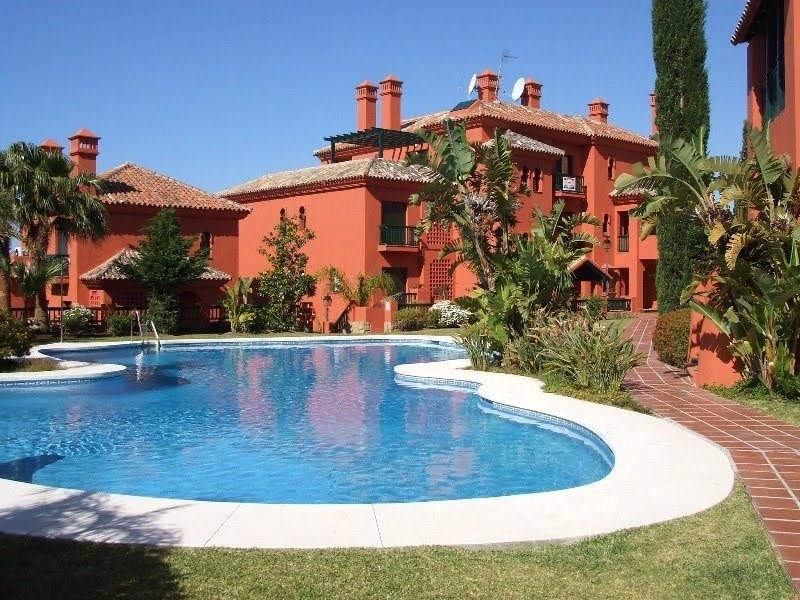Marbella Banus Apartamento en Venta en Calahonda – R3060511