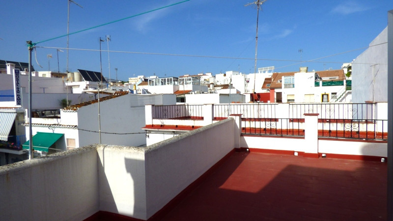 Two-storey townhouse with large sunny roof terrace in the old town area of Marbella. The house is lo,Spain