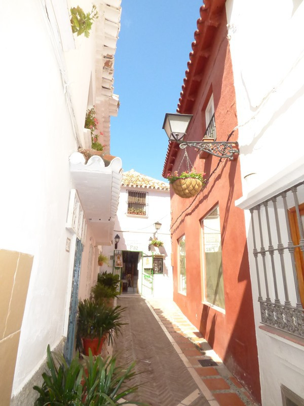 House in Marbella R2447900 4