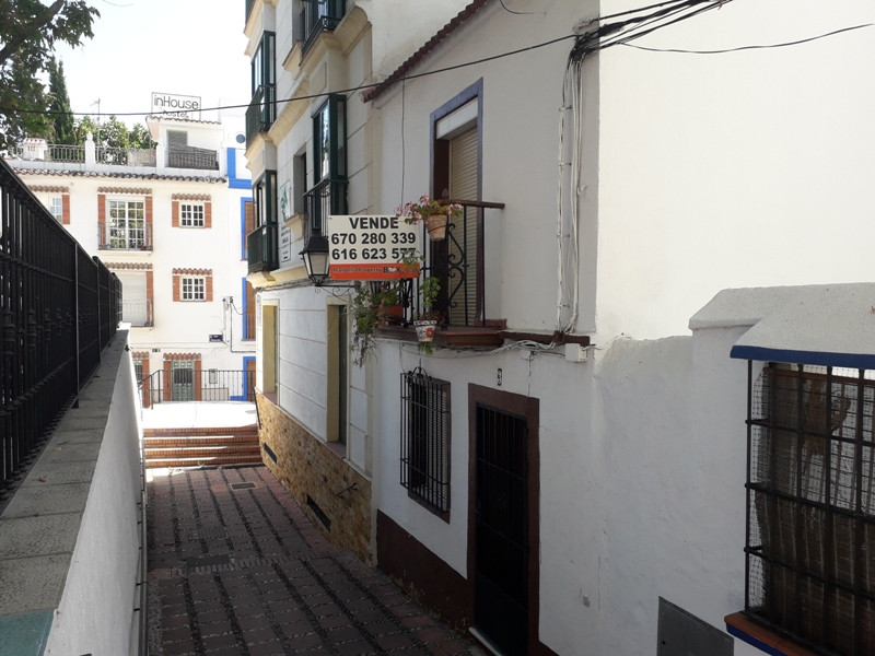 House in Marbella R3032882 9