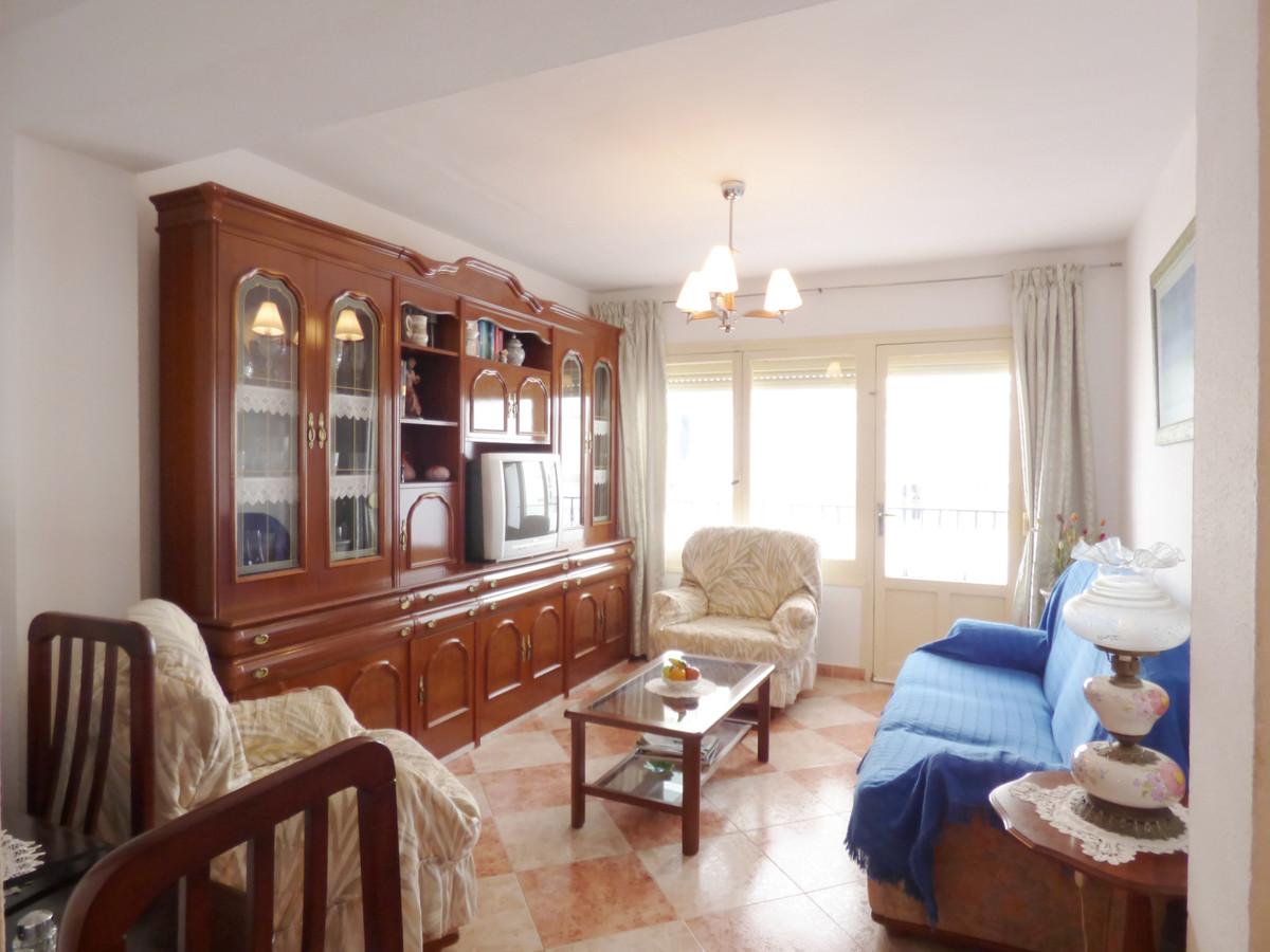 Marbella Banus Apartamento en Venta en Marbella – R3506557