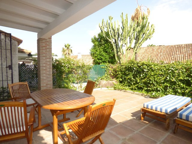 Marbella Banus Adosada en venta en Marbella – R3077263
