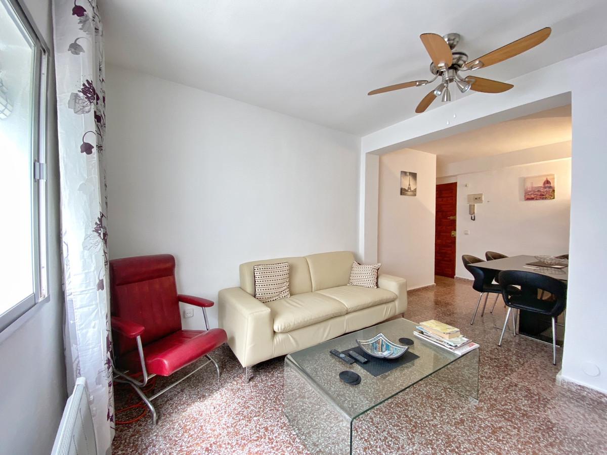 Marbella Banus Apartamento en Venta en Marbella – R3353530