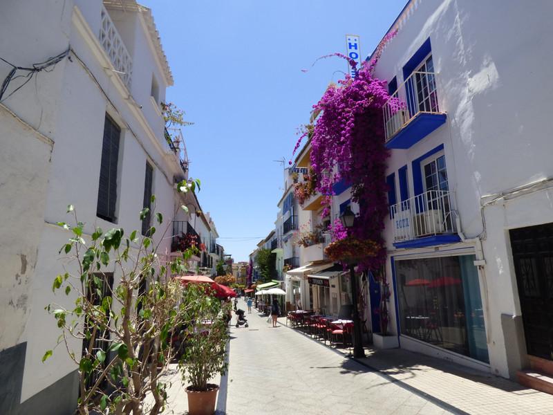 Apartamento Planta Media en venta en Marbella – R3353530