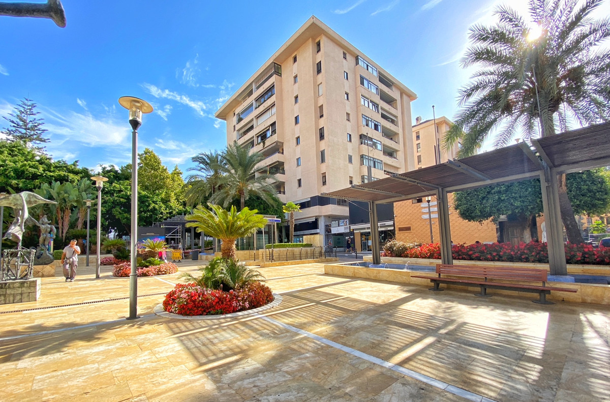Apartment  Penthouse for sale   in Marbella