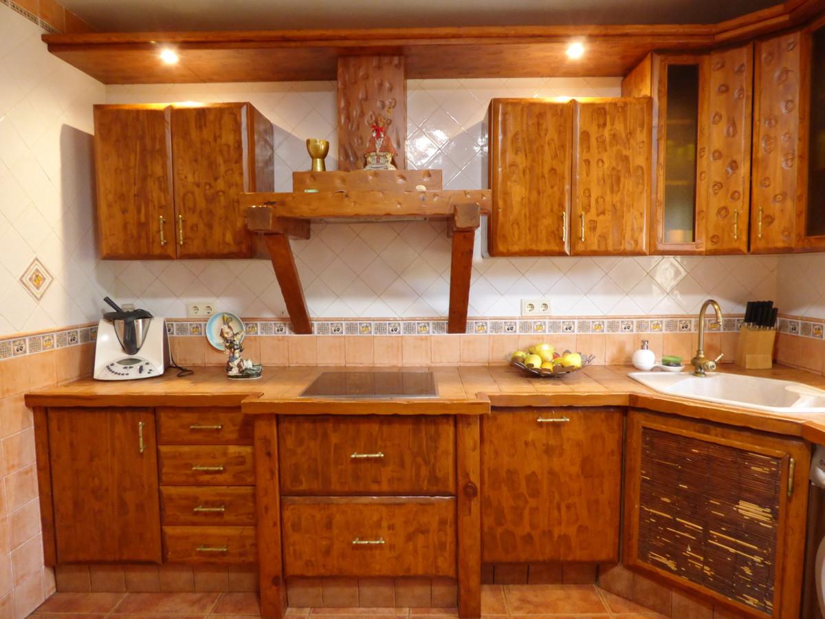Villa en Venta en Marbella – R3430843