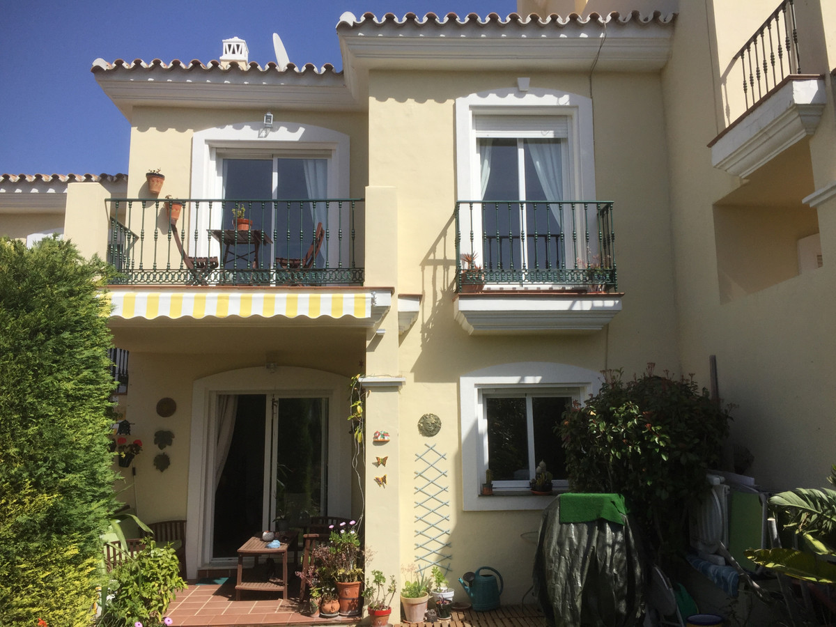 Townhouse, Alhaurin Golf, Costa del Sol. Offers considered in the region of €235,000 3 Bedrooms, 2 B,Spain